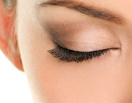 Permanent Make-up Gesicht